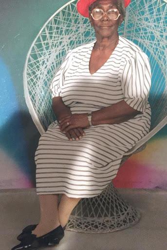 Daphne P Anderson